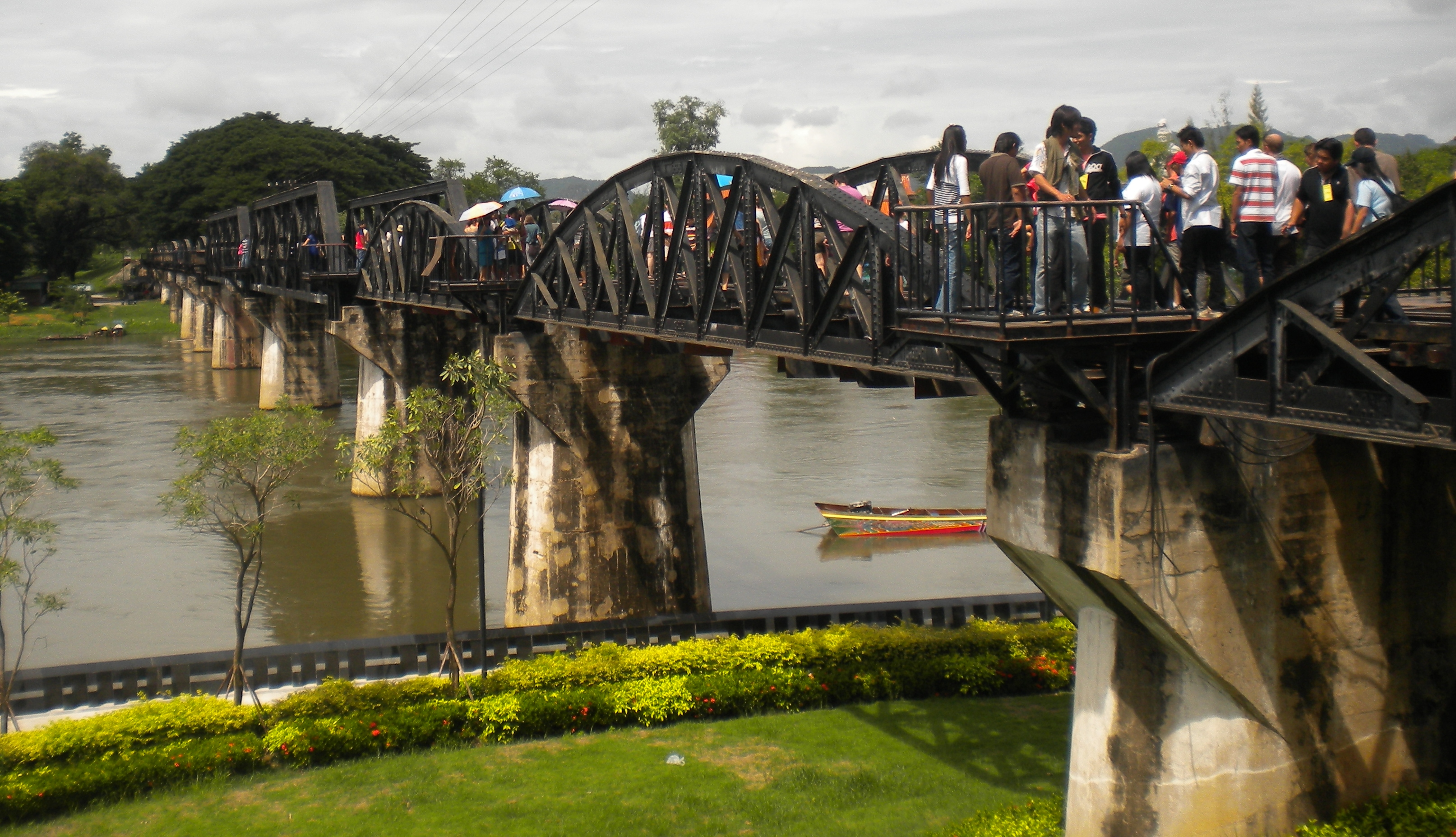 bridge on the river kwai song